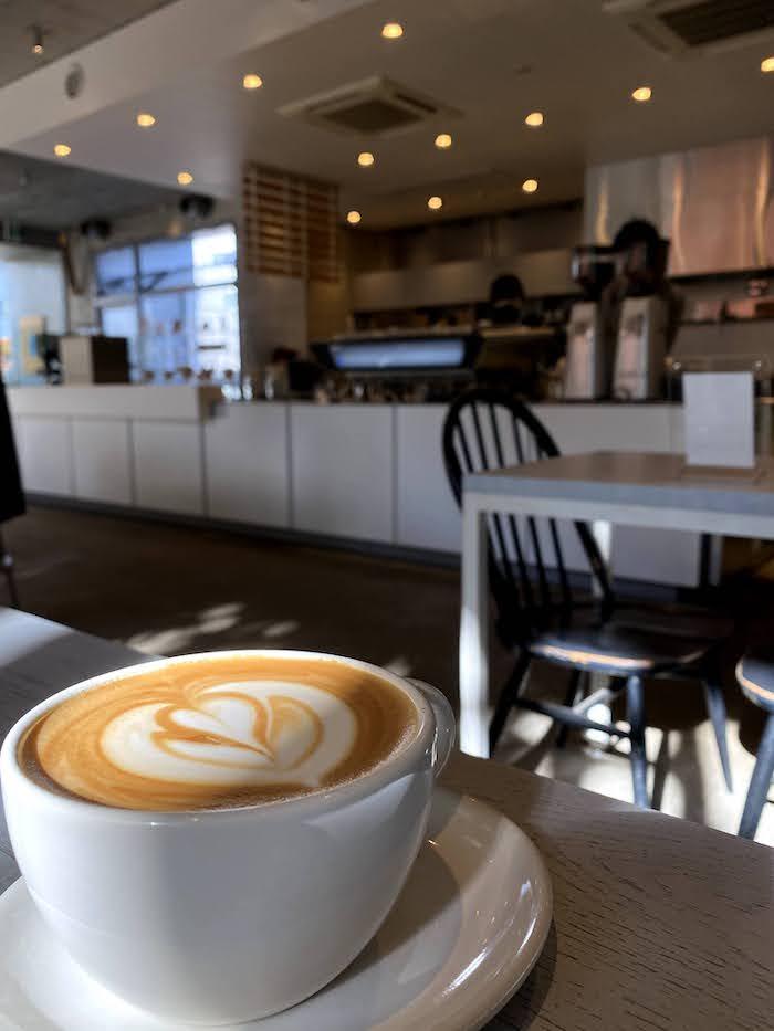 BLUE BOTTELE COFFEE AOYAMA CAFE