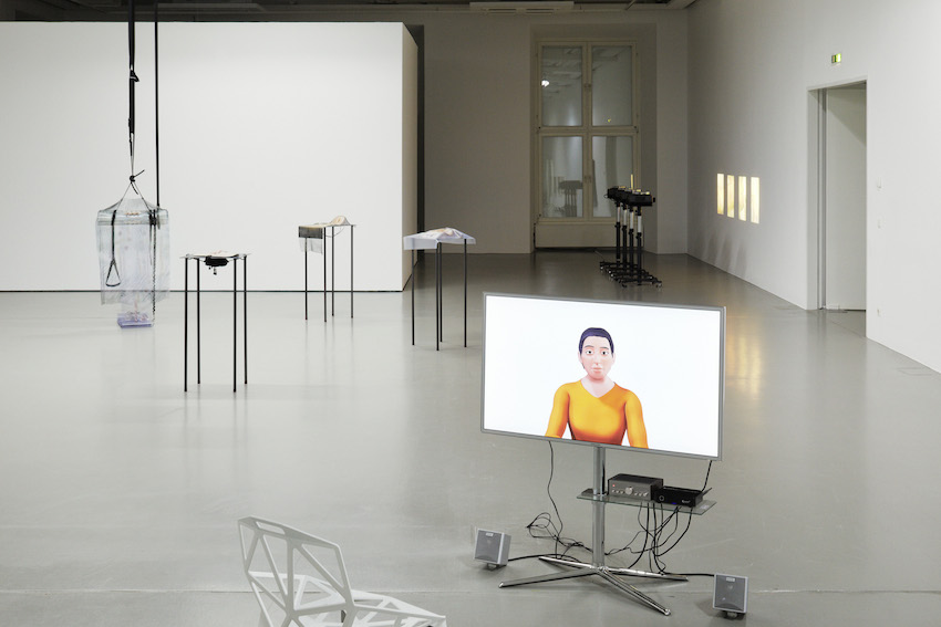 """""""Speculations on Anonymous Materials"""", Fridericianum Installationsansicht Fridericianum © Photo: Achim Hatzius. Vorne: Oliver Laric, 5, 2013 HD video 10'00'' Courtesy Oliver Laric, Seventeen, London and Tanya Leighton, Berlin Hinten (v.l.n.r..): Alisa Baremboym, Syphon Solutions, 2013 Travel Impression, 2013 6-D, 2013 Sterile Impression, 2013; James Richards The Screen, 2013"""