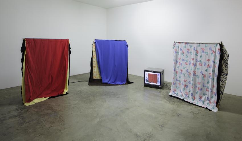 Simone Forti, Cloth, 1967, Sounding, 2012, ©The Box LA