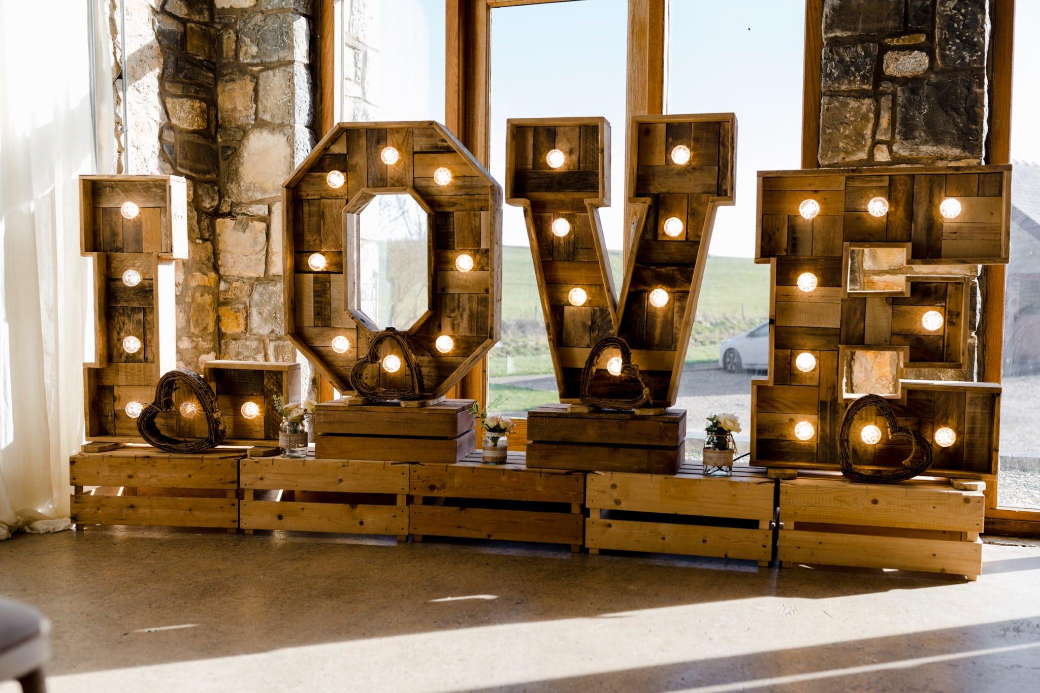 Rosedew Farm wedding Photography-27- Art by Design