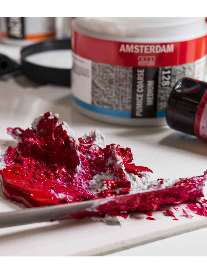 meso-amsterdam-128-pumice-coarse-medium-RoyalTalens-Art&Colour
