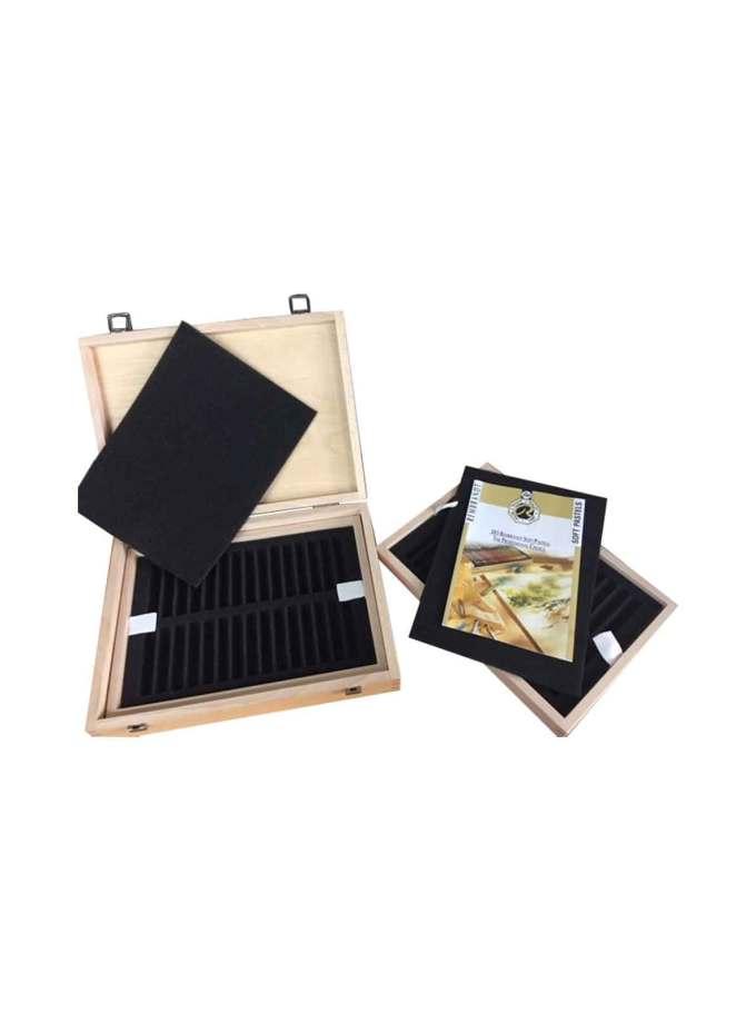 valitsa-pastel-box-60-empty-rembrandt-Art&Colour