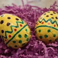 How To Make Easter Egg Shakers | Upcycled Easter Craft