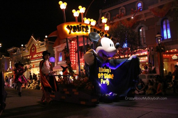 Top 10 Reasons to Visit Disneyland Halloween Time