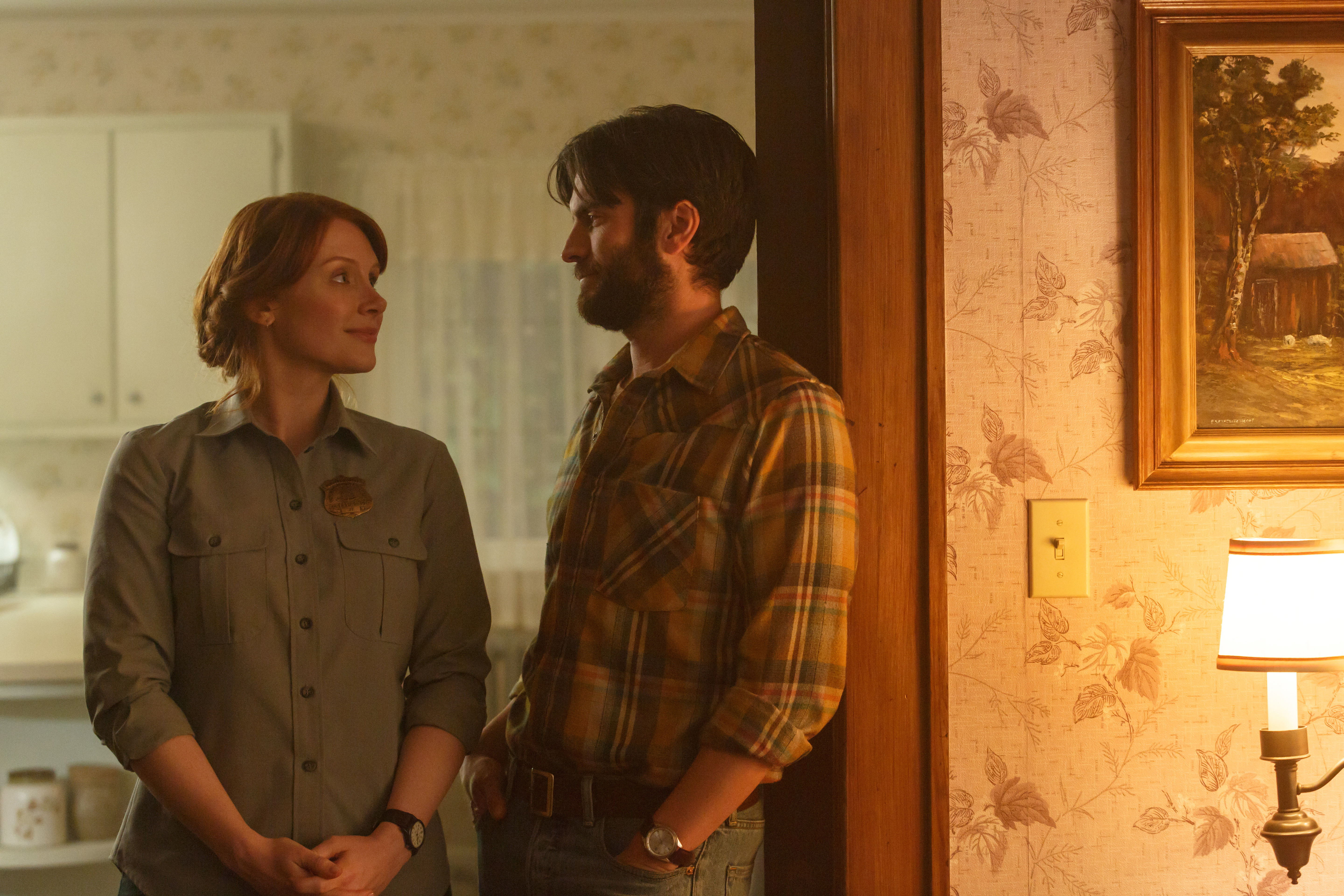 Bryce Dallas Howard is Grace and Wes Bentley is Jack in Disney's PETE'S DRAGON.