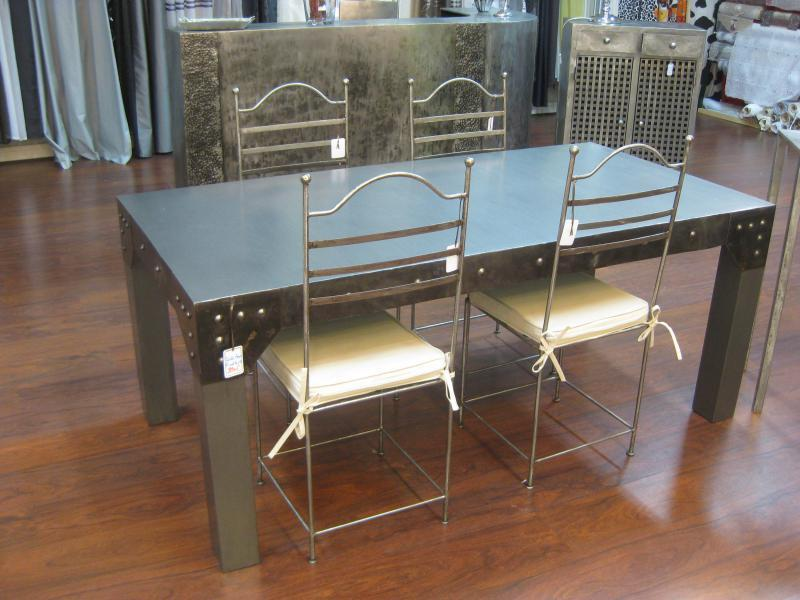 table de salle a manger en metal modele factory