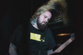 guitarrista bury tomorrow-3