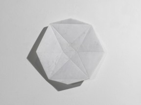 MARSIGLIA Vincenzo, Fold Star, 2013, marmo bianco di Carrara, diam. 50 cm