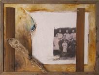 Storie di famiglia, 2010, acrilico, legno, pala di fico d'india e fotografia su m.d.