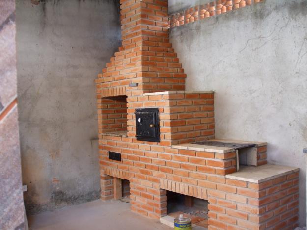 Modelos e como fazer churrasqueiras com forno e fogão a lenha