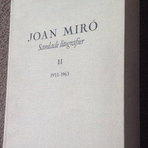 Book Deluxe Miro Lithographs Vol 2, Numbered, contains 12 Original lithographs