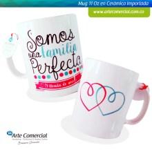 Mug Familia Perfecta Blanco_logo