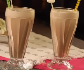 Malteada de Plátano, Café y Helado de Vainilla para Evitar la Depresión