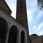 S. Apollinare nuovo - la torre campanaria