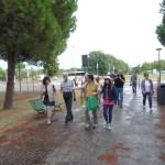 Il gruppo s'incammina verso S. Apollinare in Classe