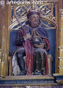 Estatua de Alfonso el Batallador en el Alcázar de Segovia
