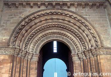 Portada dels Fillols. Catedral vieja de LLeida