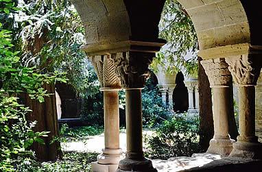 Claustro del Monasterio de  Sant Benet de Bages
