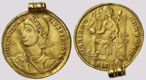 collana pendente romano