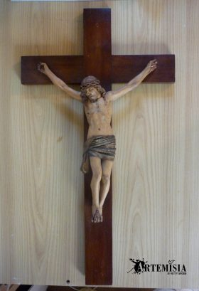 Wooden crucifix after.