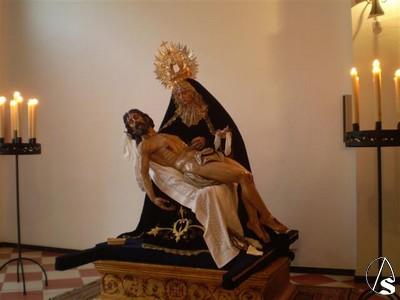 Besamano y besapie previo a la Semana Santa