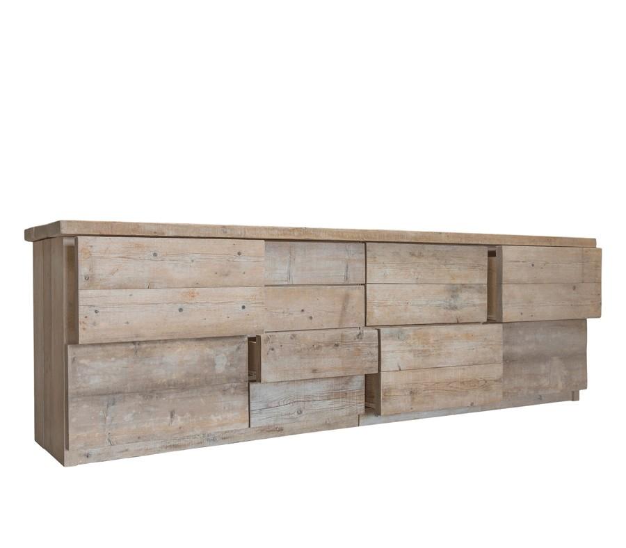 superbe buffet en bois brut un design intemporel convivial et genereux un tres beau buffet ou vaisselier en bois brut ancien