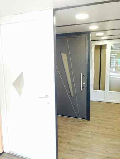 Portes Show-Room