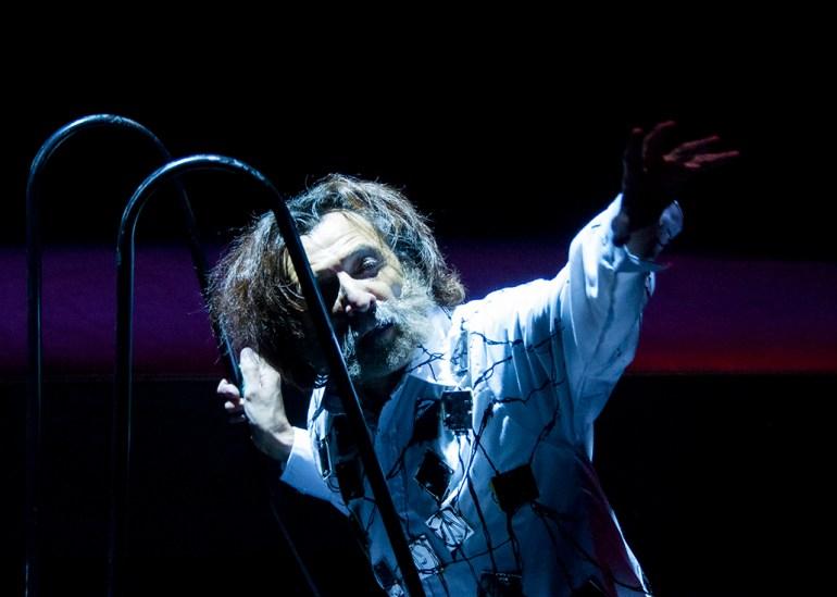 Hamlet, dirigida por Flavio González Mello.  Foto: Miguel Díaz