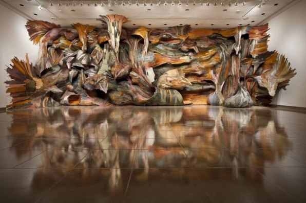 Tapumes | 2009 | Rice Gallery, Houston-USA | plywood and pigment | 4,7 x 13,4 x 2m photo: Nash Baker