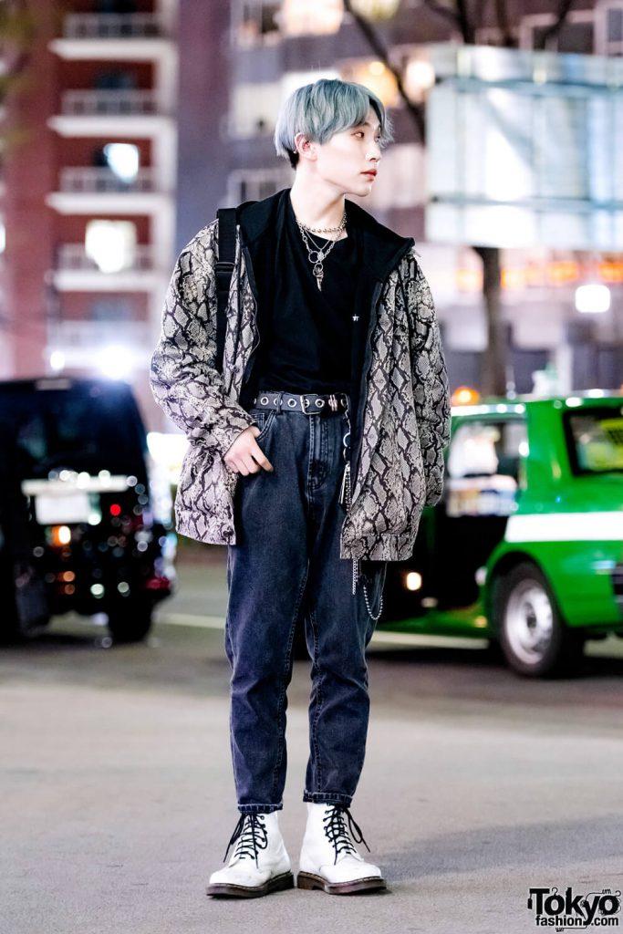 Casual Dengan Jaket Motif Ular Dari Motoshige Harajuku Fashion Jepang