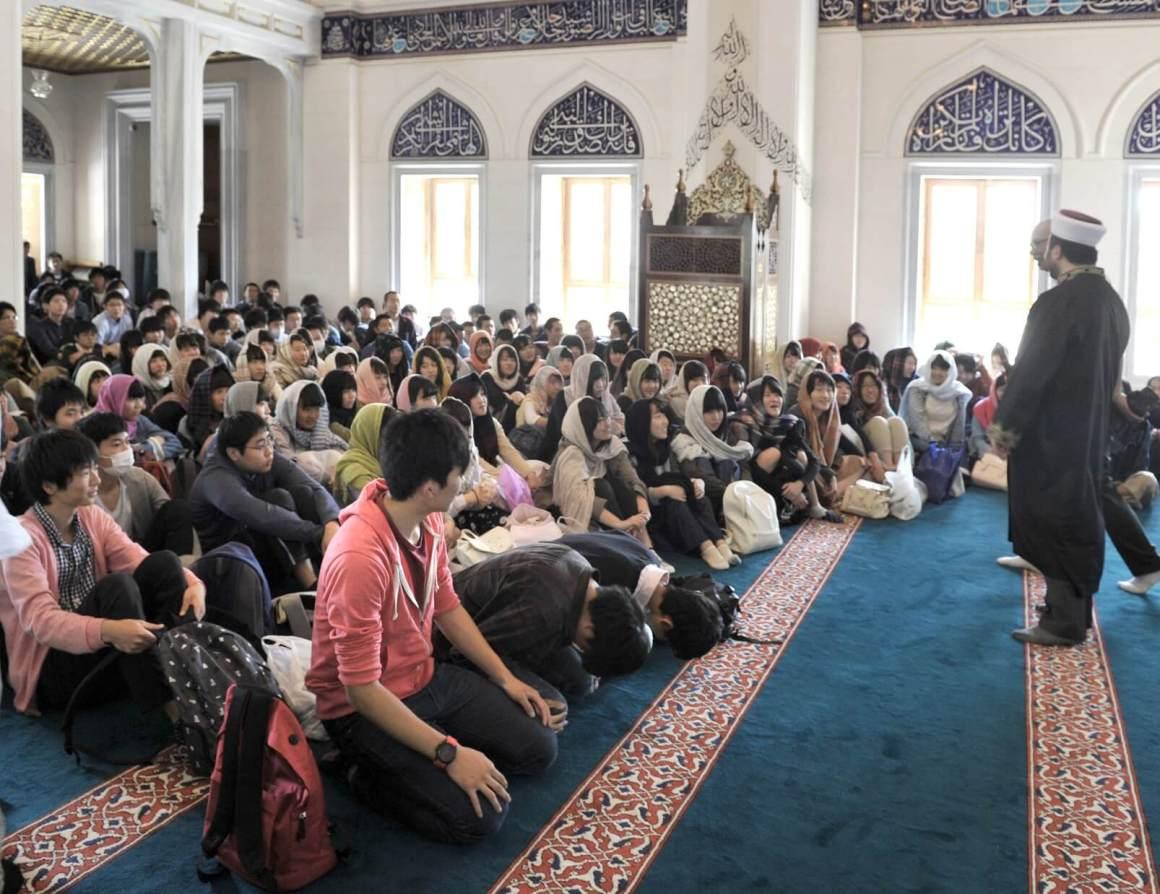 5 Lokasi Yang Tepat Untuk Para Traveler Muslim Di Jepang