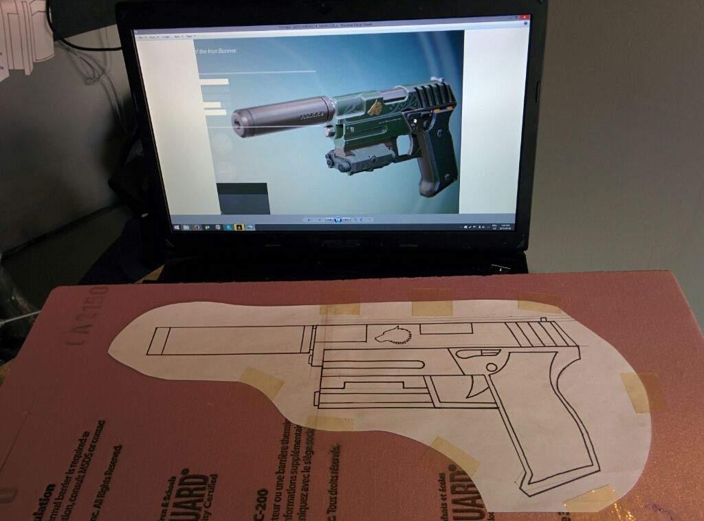 Langkah Mudah Membuat Replika Senjata Pistol Untuk Cosplay
