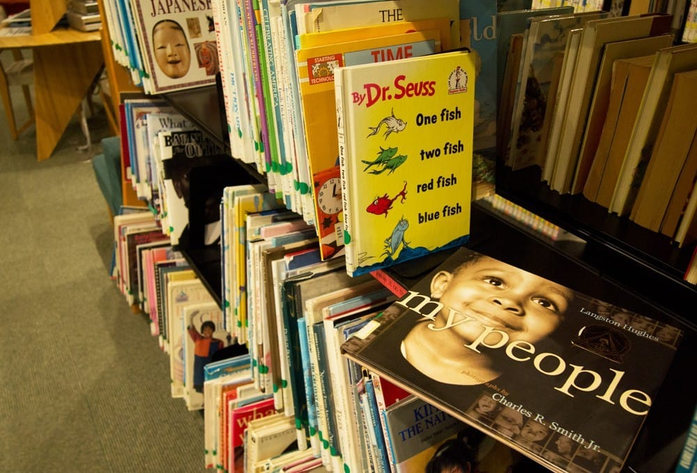 Menghabiskan Waktu Di Perpustakaan Colosseum Nakajima Sambil Membaca Dan Belajar 7
