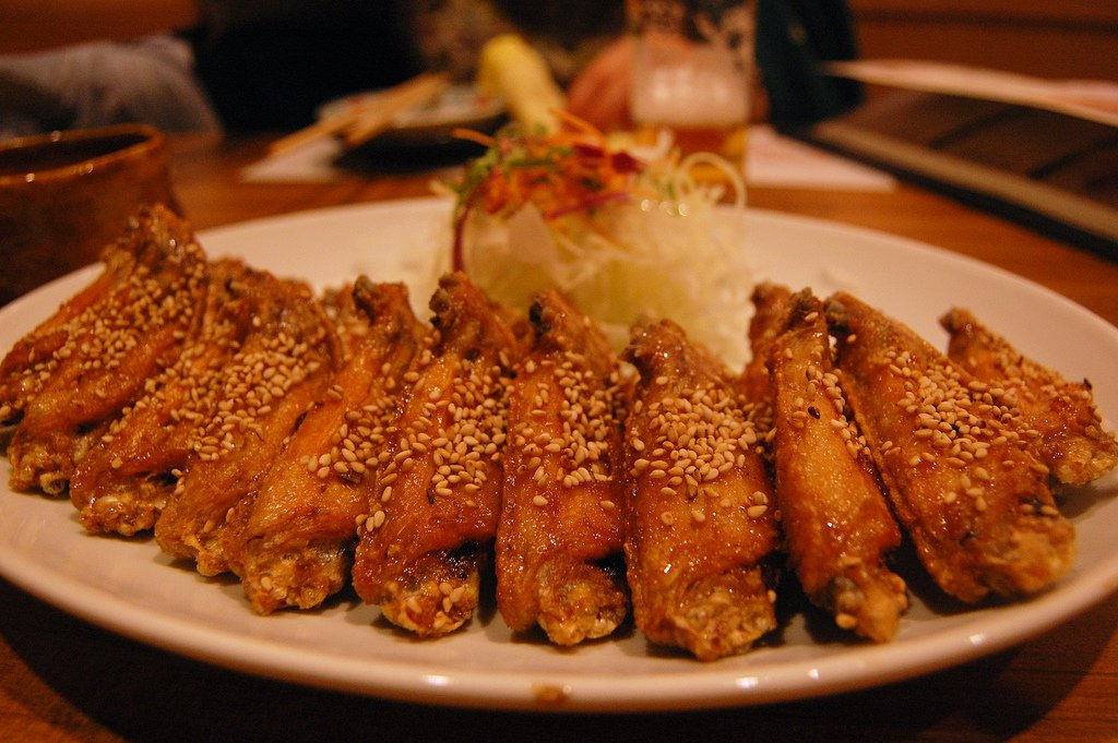 Restoran Spesialisasi Izakaya atau Tebasaki
