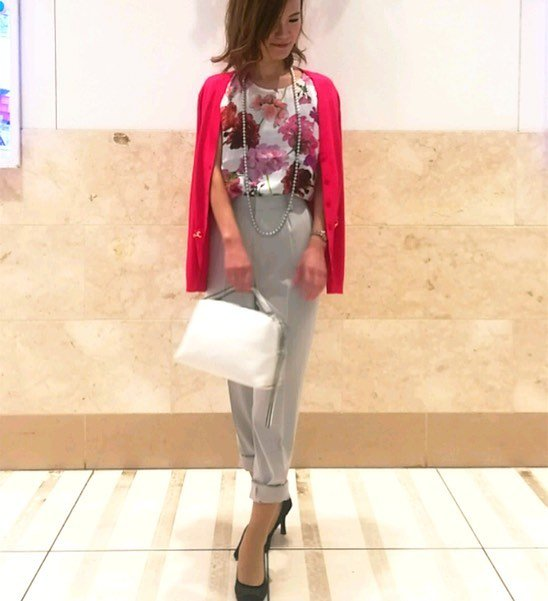 Warna Cerah Trend Fashion Jepang 2018 Untuk Wanita 2