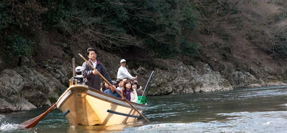 Ingin Menikmati Indahnya Sungai Di Jepang ? Yuk Intip Layanan Wisata Yang Satu Ini !