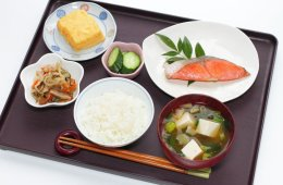 Tahukah Anda Bila Masakan Jepang Dibagi Menjadi 2 Kategori, Yaitu Washoku Dan Yoshoku !