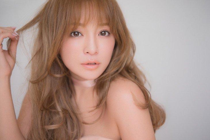 Ayumi Hamasaki Menangkan Survei Yahoo Dalam Kategori Sebagai Penyanyi Solo Terbaik Di Jepang !