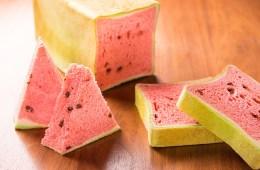 Jepang Hadirkan Roti Semangka Dalam Waktu Terbatas !