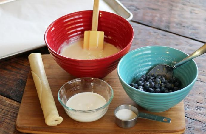 Mixing the Cheesecake Batter for the Blueberry Cheesecake | www.artfuldishes.com