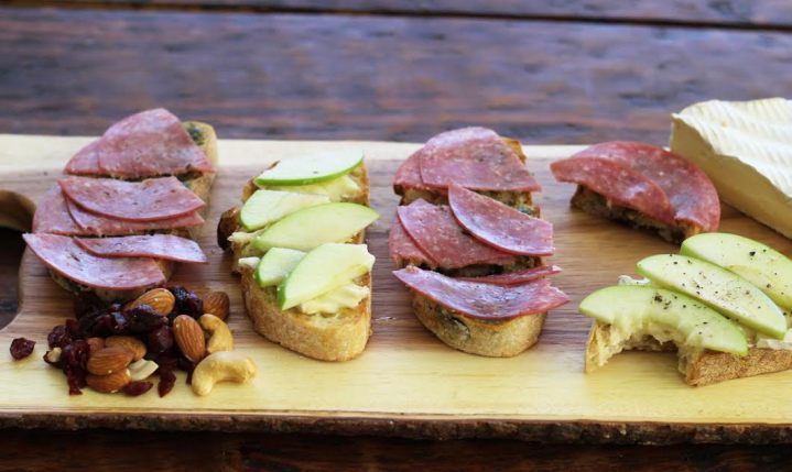 Bruschetta Board with Apple Brie and Honey and Salami Pesto Bruschetta | www.artfuldishes.com