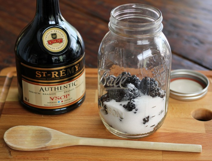 How to Make Blackberry Brandy | www.artfuldishes.com