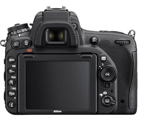 Nikon D750 Arka