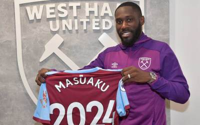 Arthur Masuaku signs contract extension
