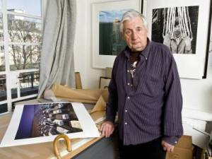 (Storm Thorgerson in his home studio)
