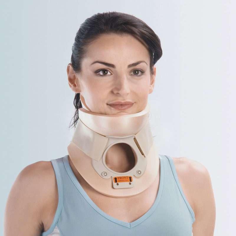 Guida Con Collare Cervicale.Collare Cervicale Philadelphia Cll 901 Articoli Ortopedici E Sanitari