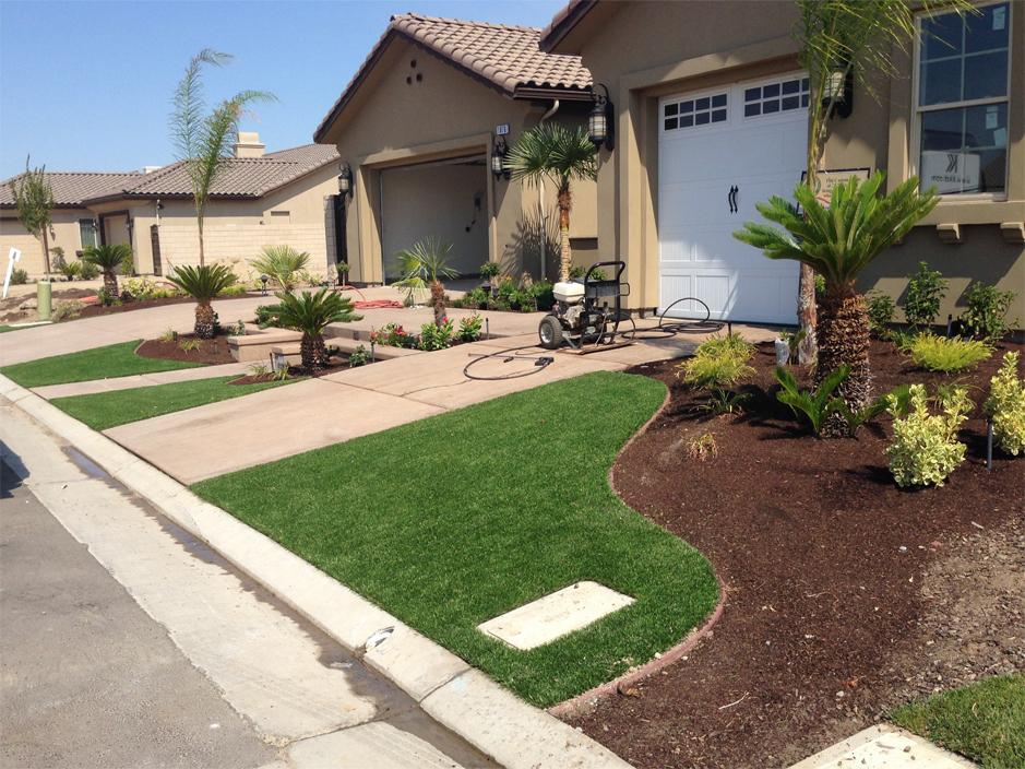Turf Grass Menifee, California Home And Garden, Front Yard ... on Turf Yard Ideas id=96780