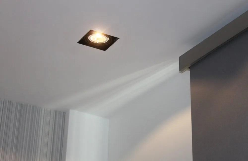 Ristrutturazione e impianti uffici Roma - illuminazione
