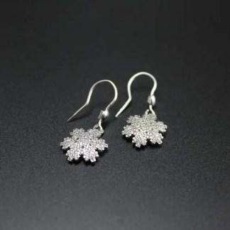 Orecchini con fiocco di neve in argento e zirconi