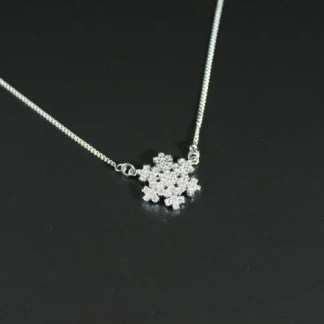 Collana con fiocco di neve in argento rodiato e zirconi Ø 18 mm